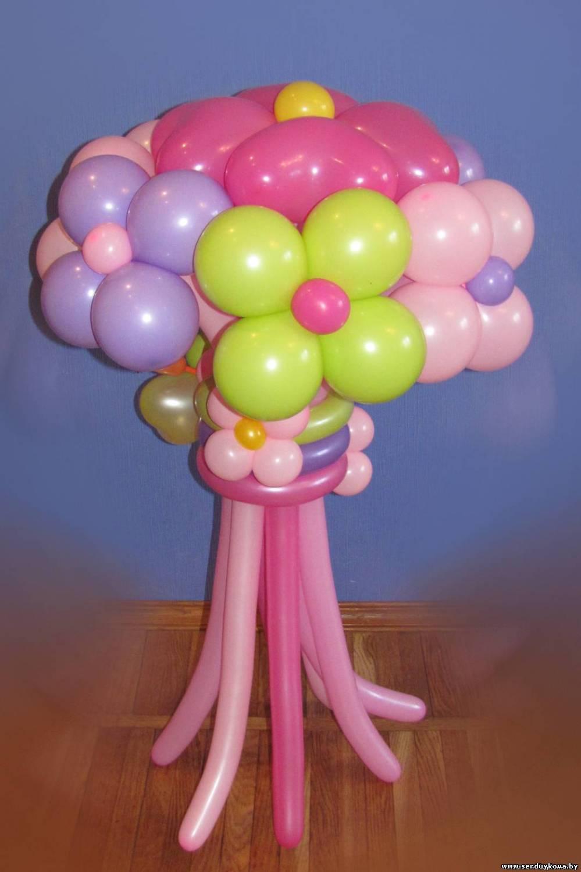 Букет из воздушных шаров семь цветочков №01