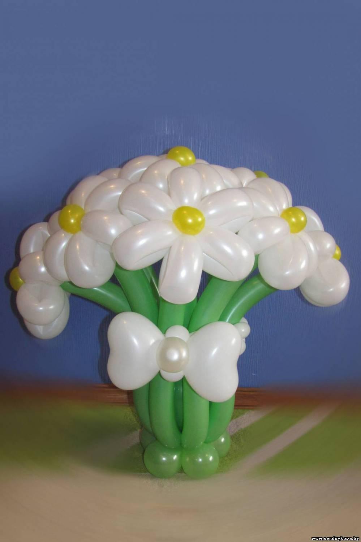 Фото как сделать цветок из воздушных шаров