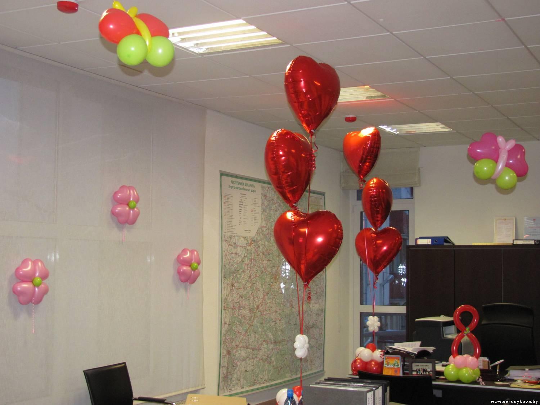 фото 4 8 марта - украшаем офис воздушными шарами