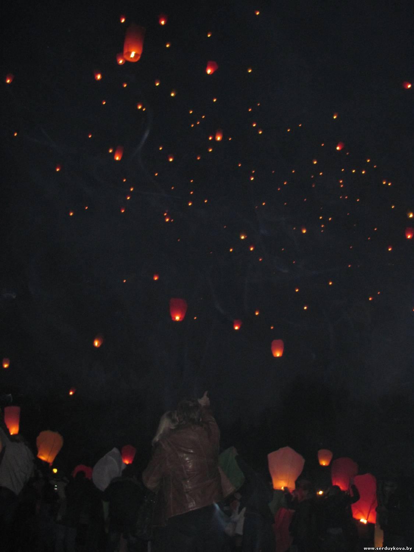 фото 4 Запуск Небесных фонариков счастья