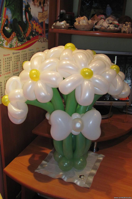 фото 2 Букет 9 ромашек из воздушных шаров №03