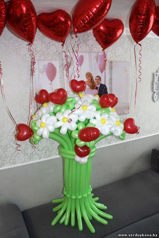 Букет 15 тюльпанов с божьей коровкой №02