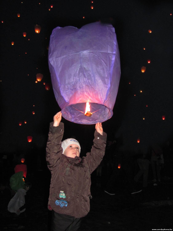 фото 5 Запуск Небесных фонариков счастья