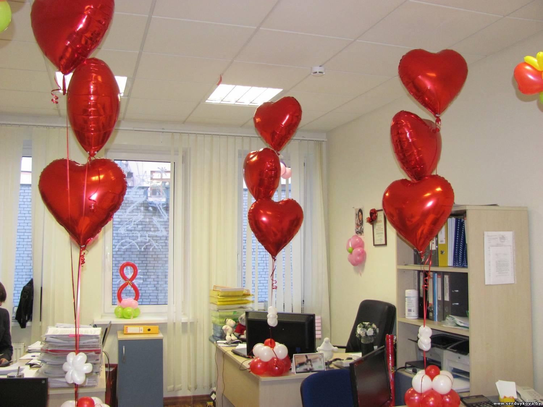 фото 2 8 марта - украшаем офис воздушными шарами