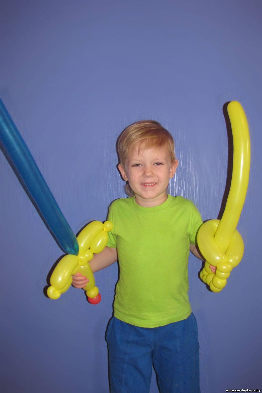 Как сделать из шаров меч инструкция