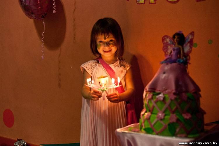 Свеча цветок для торта музыкальная