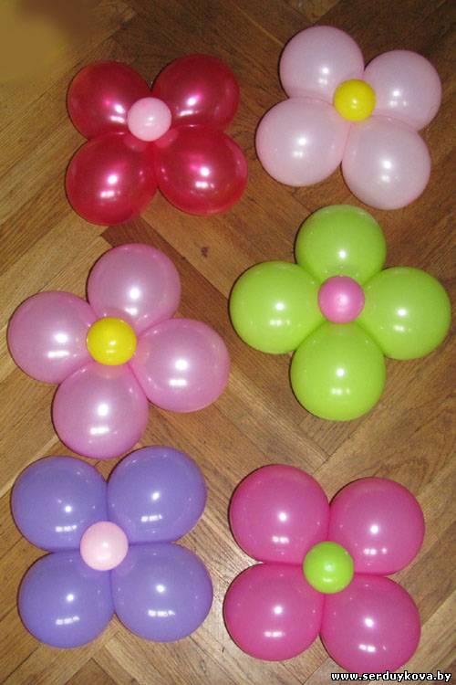 Цветы из шаров на стену своими руками 56